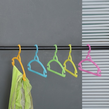 City Goes Wild Multi-Colour Cloth Hanger - Set Of 5