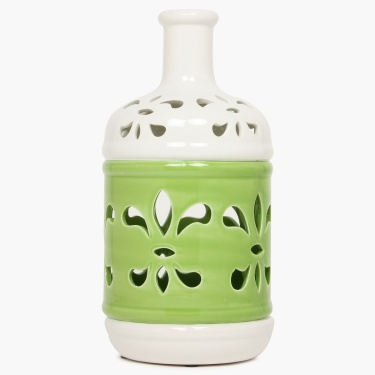 Splendid Sachi Ceramic Leaf Vase