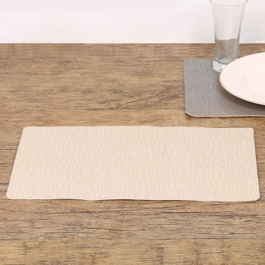 Eden Crust Embossed Vinyl Placemat