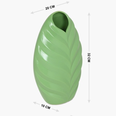 Splendid Gavin Ceramic Leaf Vase