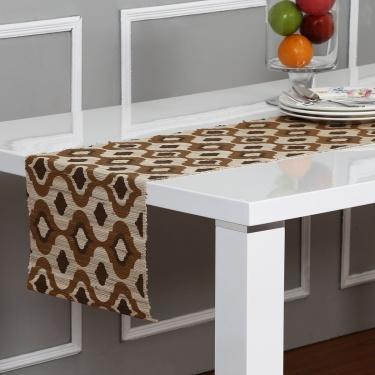 Meadows Golden Age Straw Table Runner