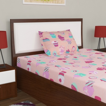 Fabulous Single Bedsheet and Pillow Cover Set