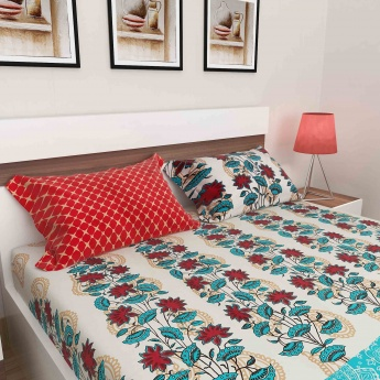 Ananda Floral Print Bed & Bath Set - Set of 5 Pcs.