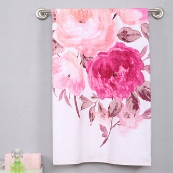 SPACES Floral Printed Fluoresse Bath Towel