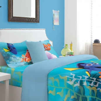 SPACES Finding Dory Print Double Bed Sheets - Set of 3 Pcs.
