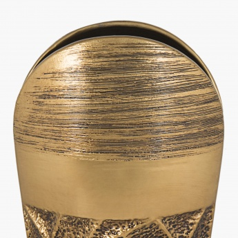 Splendid Webster Crises-Cross Embossed Vase