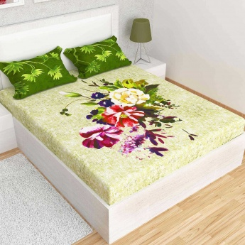 MATRIX Floral Print Cotton King-Size Double Bedsheet And Pillow Covers- 1+2