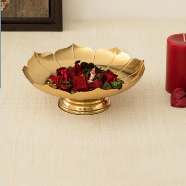 Majestic Floral Table Accent