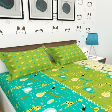 City Goes Wild Printed Double Bed Sheet-Set Of 3 Pcs.