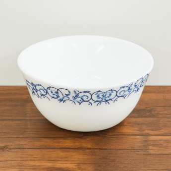 SOLITAIRE Opal Ware Printed Vegetable Bowl