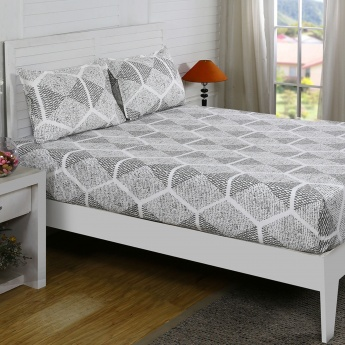 Maspar Ethan Printed Cotton Double Bedsheet with Pillow Covers- 3 Pcs.