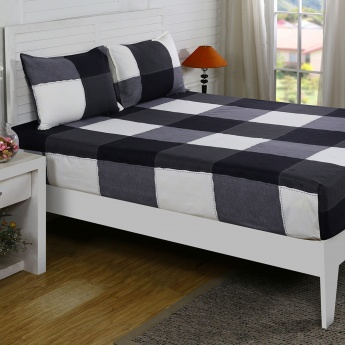 Maspar Geoge Checked Cotton Double Bedsheet with Pillow Covers- 3 Pcs.