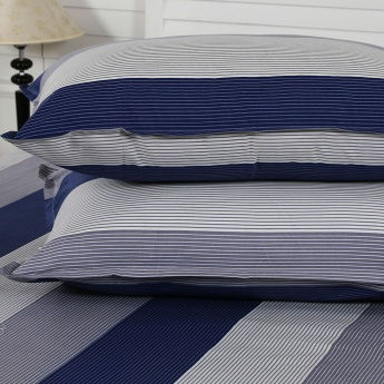 Maspar Grifn Striped Cotton Double Bedsheet with Pillow Covers- 3 Pcs.