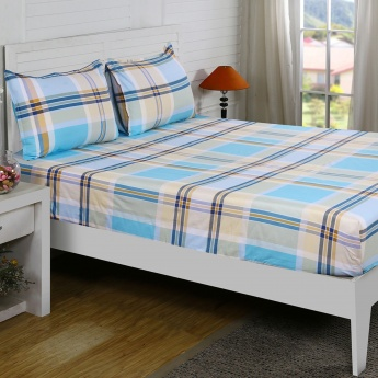 Maspar Henry Checked Cotton Double Bedsheet with Pillow Covers- 3 Pcs.