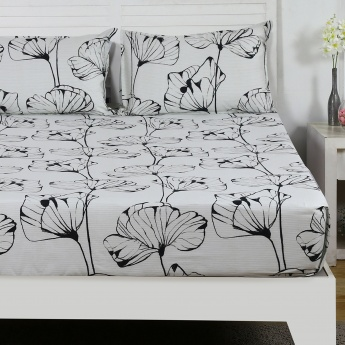 Maspar Hermn Floral Print Cotton Double Bedsheet with Pillow Covers- 3 Pcs.