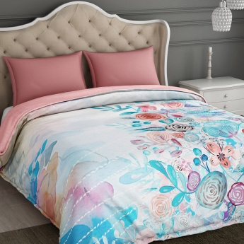 SPACES Floral Print Quilt Blanket