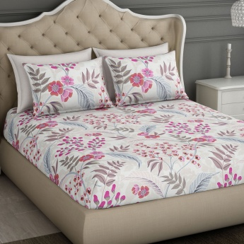 SPACES Occasions Printed Cotton Double Bedsheet with Pillow Covers-Set Of 3 Pcs.