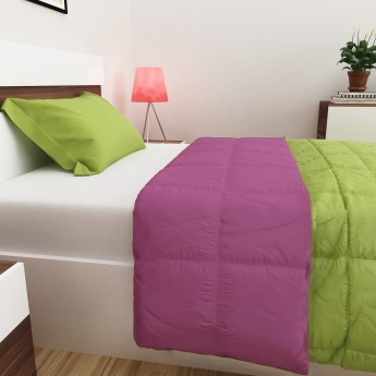 SPACES Forever Reversible Single-Bed Quilt Blanket